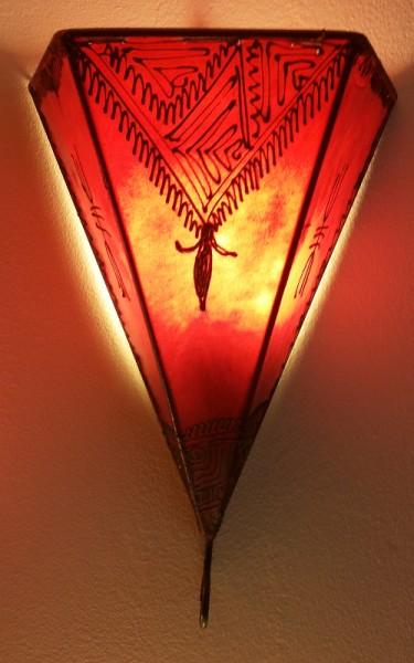 Wandlampe Hennalampe Eckig Rot