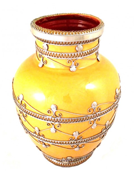 Keramik-Vase mit Silberverzierung Gelb